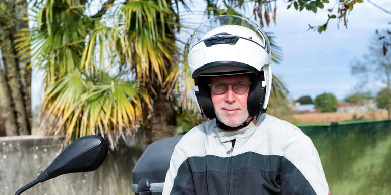 Ruim de helft van de motorrijders is 50 jaar of ouder. Foto: Shutterstock