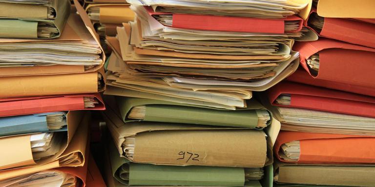 Papieren verantwoording moet het hulpverleningsproces niet bepalen. Foto Shutterstock