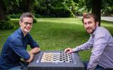 Dammen met een dubbele bodem: Roel Boomstra en Wouter Sipma uit Groningen staan op scherp voor WK in Tallinn. 'Er is zeker voor buitenstaanders geen touw aan vast te knopen'