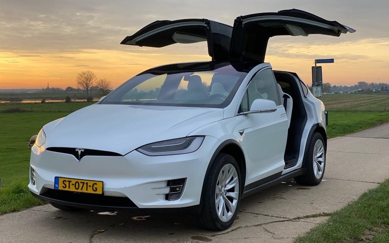 De fraaie Tesla Model X van Erik Dekker is weer terecht.