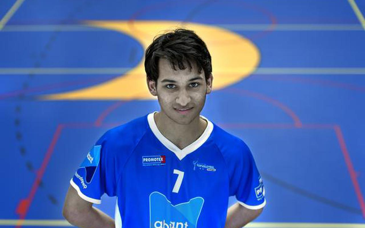 Ruben Kasi: ,,Ik heb nooit aan andere sporten gedaan, alleen volleybal.'' FOTO PETER WASSING