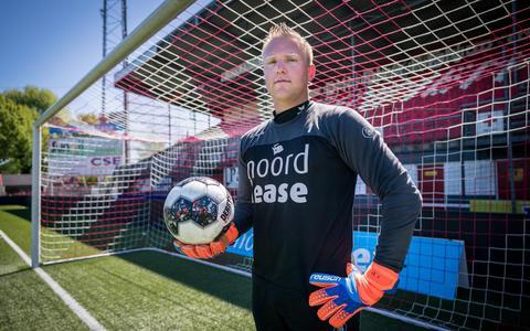 Keeper Telgenkamp ziet na vertrek Scherpen weer kansen bij FC Emmen