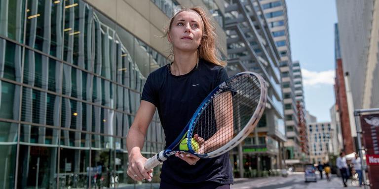 Tennisster Marrit Boonstra heeft haar baan als registeraccountant opgezegd aan de Zuidas.