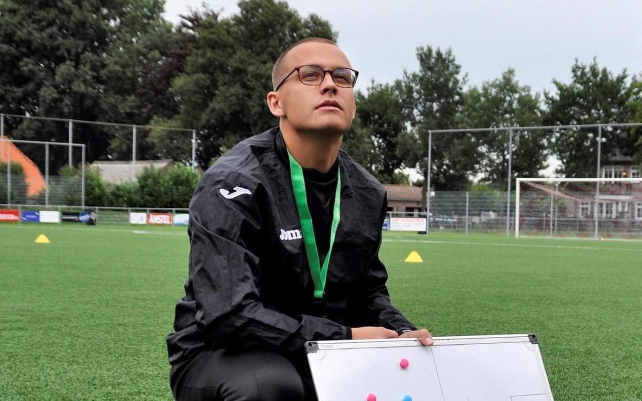 Simon Cageling: ,,Sinds ik in Groningen woon om er te gaan studeren, is de FC echt mijn club geworden.''