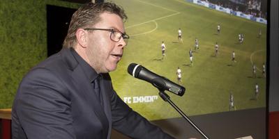 Wim Beekman tijdens zijn nieuwjaarstoespraak van dit seizoen. Foto: Jan Anninga