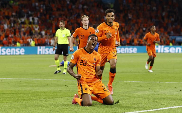 Sterk Nederlands elftal komt met schrik vrij en opent EURO2020 met zege op Oekraïne: 3-2