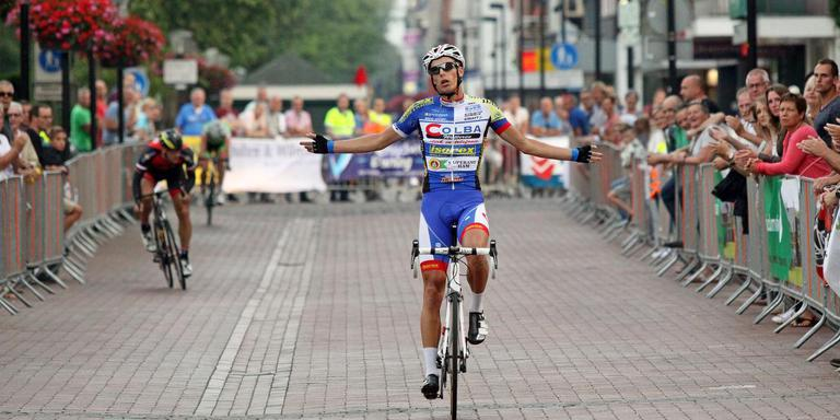 Rick Ottema bij een overwinning in Hoogeveen. Foto: Archief DvhN