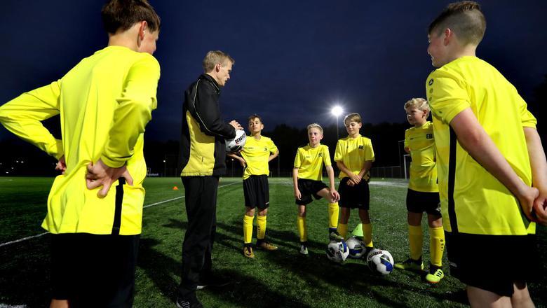 FC Assen in de wijk Kloosterveen in Assen had deze zomer bijna een ledenstop afgekondigd. Foto Harry Tielman