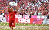 Bayern München neemt afscheid van Robben: 'Arjen, jij bent voor altijd onze Mr. Wembley'