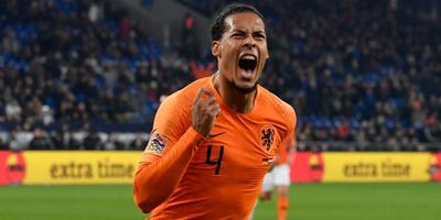 Virgil van Dijk juicht uitgelaten nadat hij heeft gescoord tegen Duitsland, waardoor Oranje zich plaatste voor de halve finale van de Nations League. Foto Arvchief DvhN