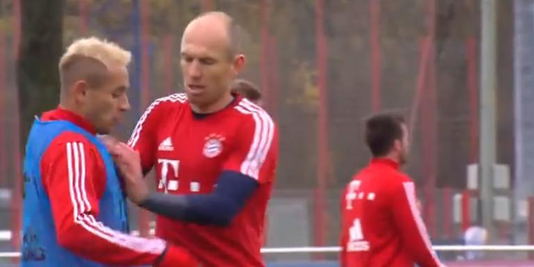 Robben roept zijn teamgenoot tot de orde (still beelden Fox Sports)