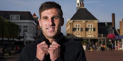 Yoëll van Nieff in het centrum van Almelo. Foto: Vincent Jannink