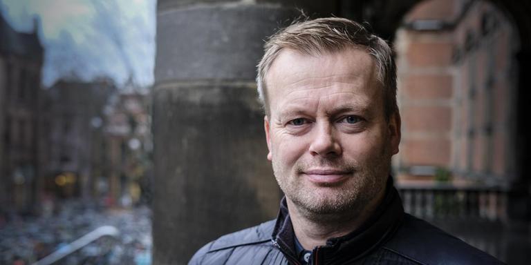 """Tieme Klompe is blij met Harkemase Boys. ,,Nu heb ik veel meer met het bestuur, de sponsoren en het publiek te maken."""" Foto Jan Willem van Vliet"""
