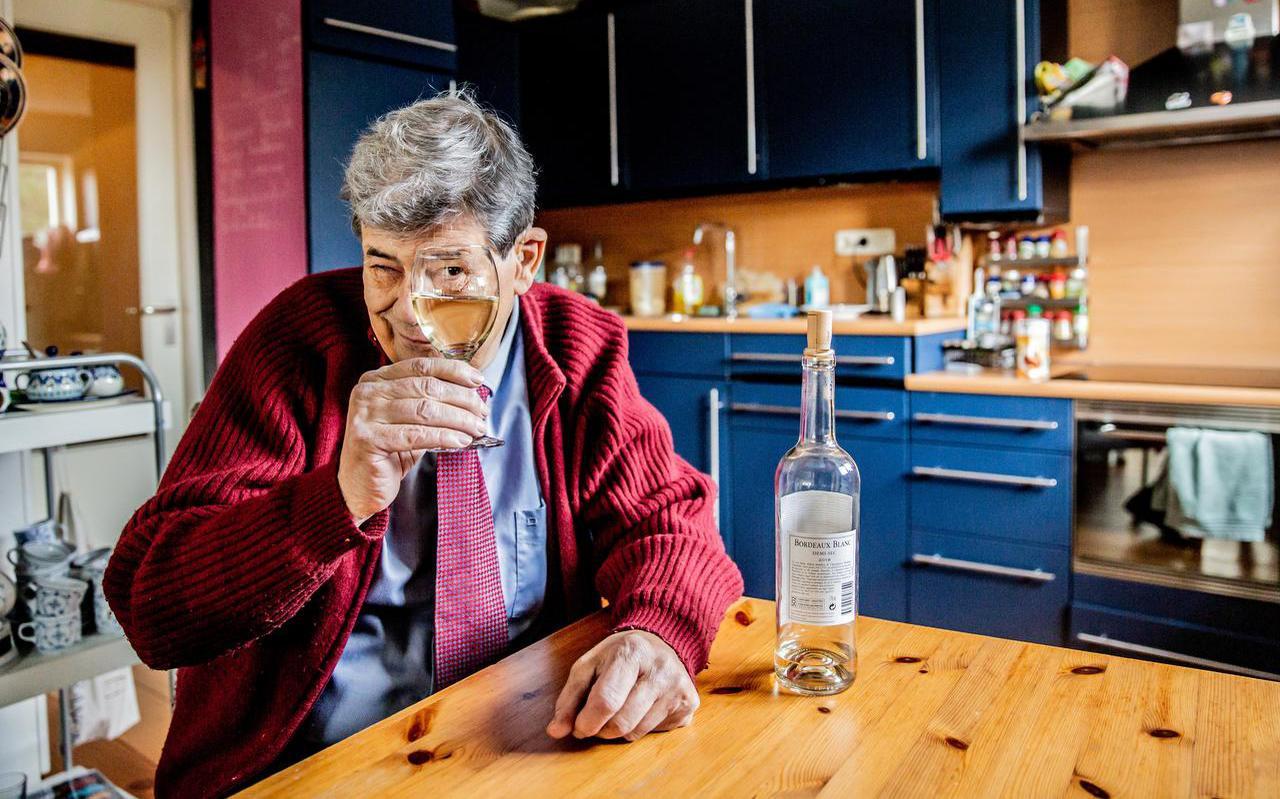 Acteur en schrijver Joost Prinsen: ,,Het ijs waarop ik loop, is weer wat dikker aan het worden, zo zou ik het misschien kunnen uitdrukken.''