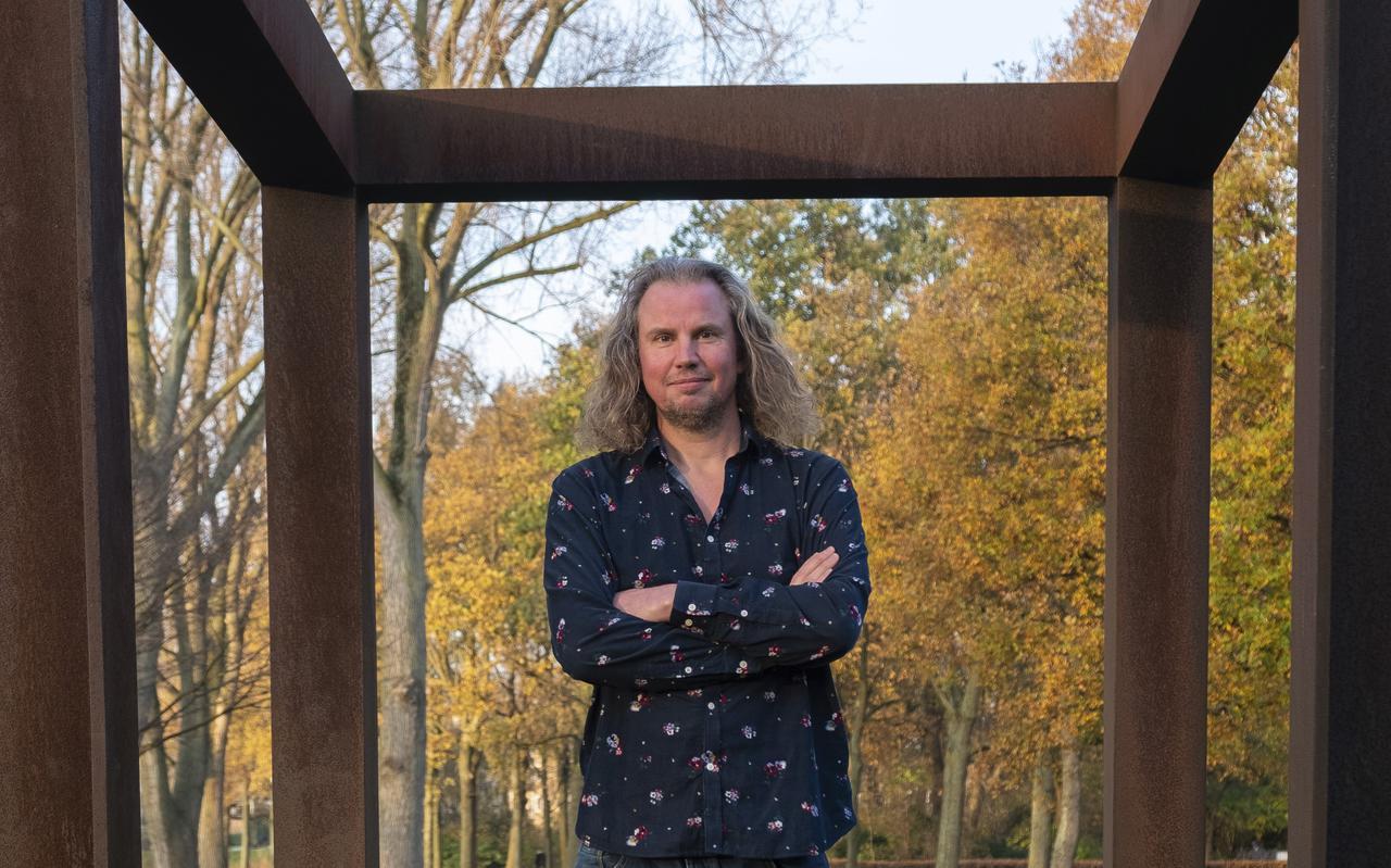 Tsead Bruinja over zijn positie als Dichter des Vaderlands: ,,Het was een mooie tijd. Om er bovenop te zitten en te reageren, en misschien nog wat breder naar Nederland te kijken.